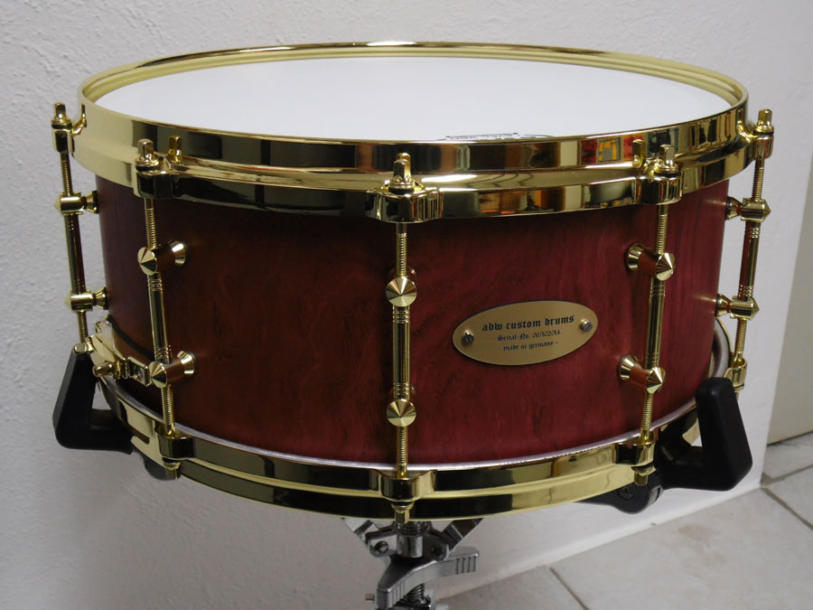 bubings Snare mit goldener Harware
